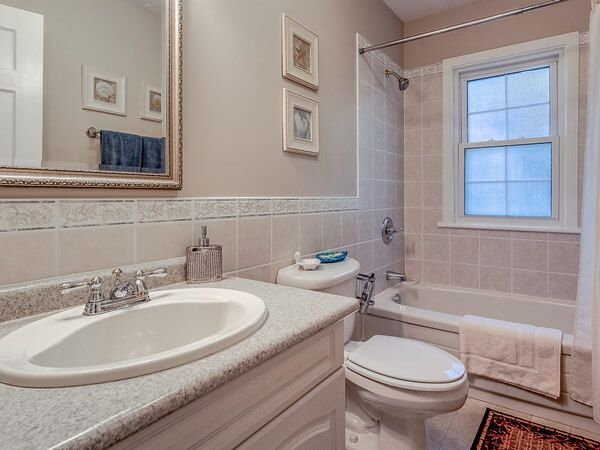 dover-house-bath-small